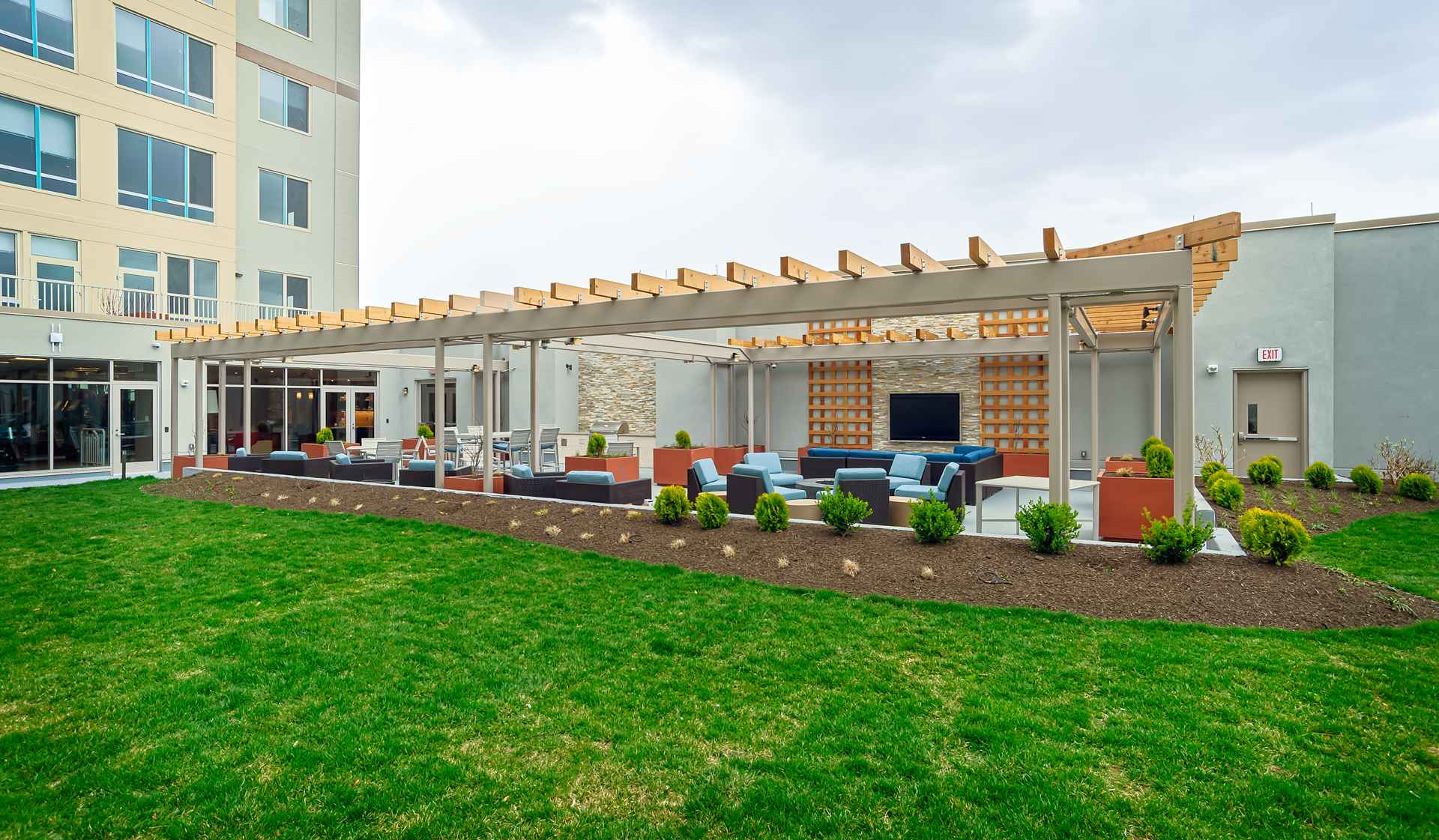 One Ardmore Apartment Homes - Ardmore, PA - Outdoor Area